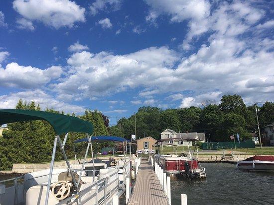 U Drive Rent - A - Boat: Berkshire U-Drive Boat Rental
