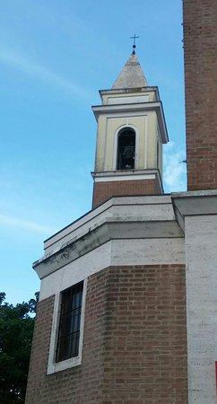Duomo di San Nicolò : Scorcio con il campanile sullo sfondo