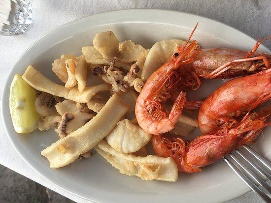 Da laura: Calamaris und Shrimps