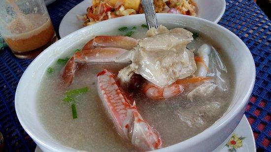 Ubay Guest and Restaurant: Суп из море продуктов