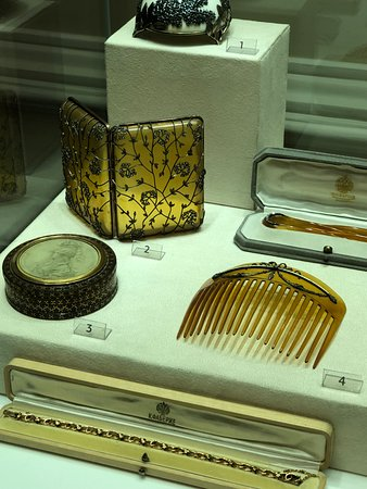Faberge Museum: comb and cigarette box