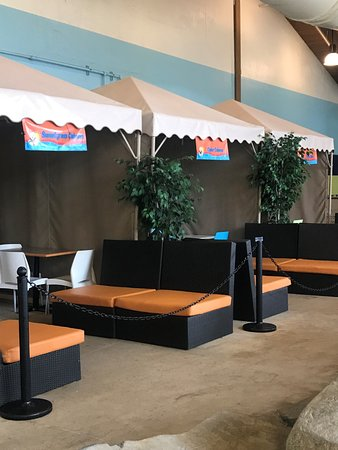 Soaring Eagle Waterpark and Hotel: Cabanas available for purchase