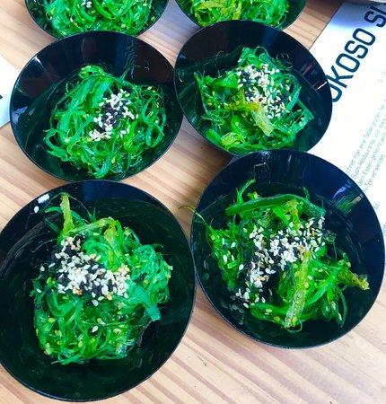 Sushi Box Bonn: Fyling Buffet: Wakame Salate