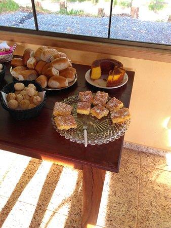 Pousada Portal da Serra : café da manhã