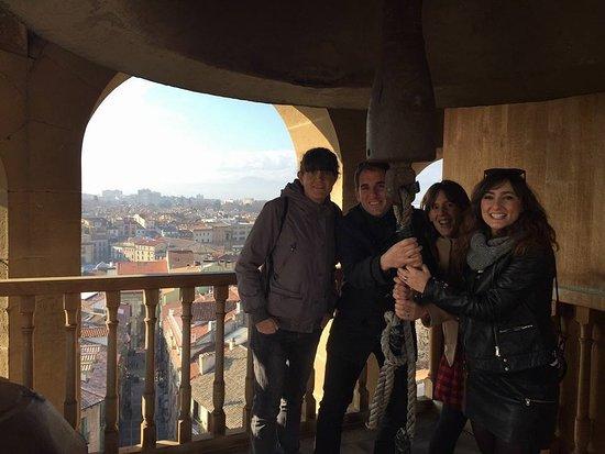 Enjoy Pamplona: La campana María, un hito de Pamplona.