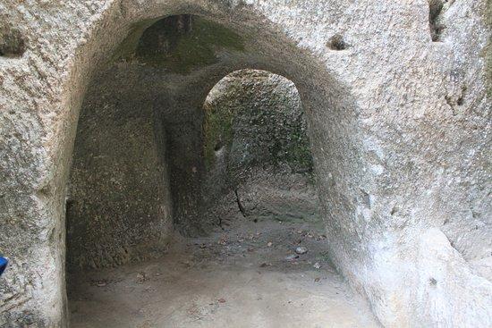 Le Grotte - Museo della Civiltà Contadina ed Insediamento Rupestre : Höhlensystem