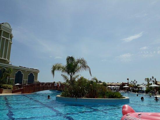 Sunis Efes Royal Palace Resort Hotel & Spa Photo