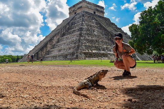 Exclusive: Early Access to Chichen Itza with a Private Archaeologist: The locals