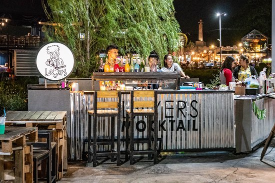 ็Huamum Night Market: Huamum Night Market Bar
