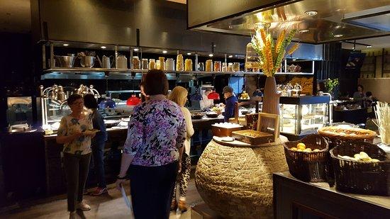 โรงแรมพูลแมน เป่ยจิง เวสท์ แวนดา: Breakfast Buffet