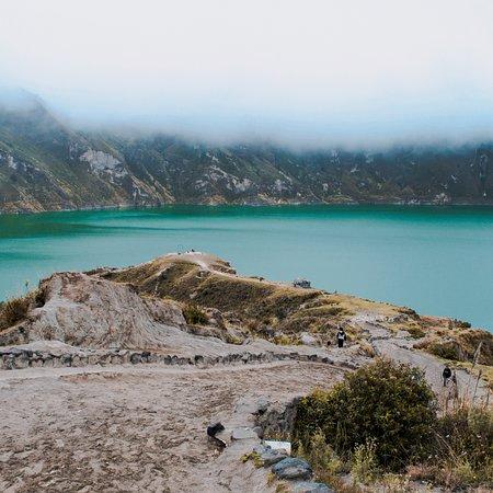 Quilotoa Crater Lake Lodge: Laguna del Quilotoa. Boca de cráter en la cual se formó una Laguna.