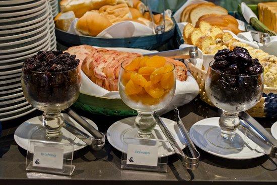 Hotel Cercano: Café da manhã