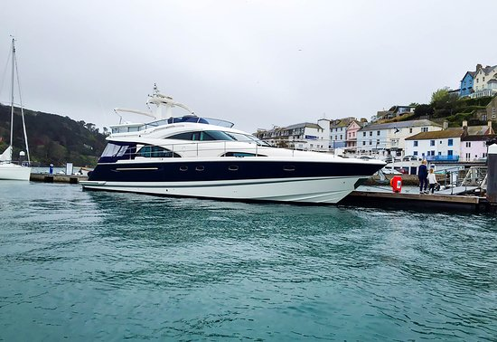 Norty Too Charter: Corporate Charter in The Solent
