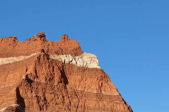 Palo Duro Canyon State Park: Love this white rock in with the red rocks. So beautiful