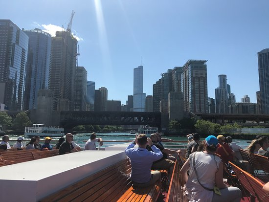 Chicago Architecture River Cruise: Comfortable Bench Seating