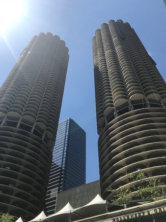 Chicago Architecture River Cruise: Iconic Buildings