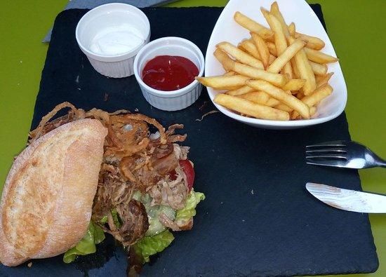 Grafenau, Germany: Pulled Pork Burger