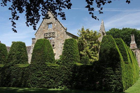 Nymans Gardens and House: Garden Surrounding The House
