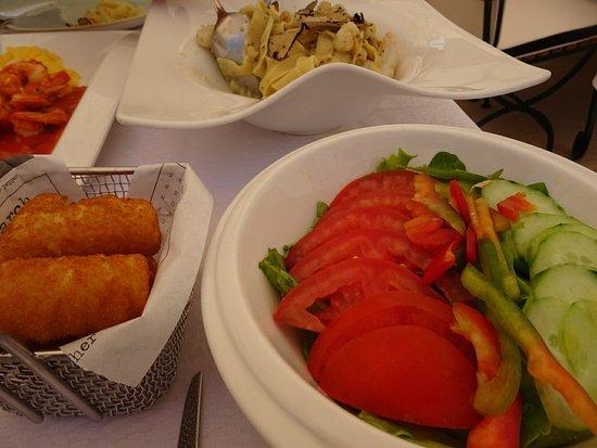 Fish Restaurant Proto照片