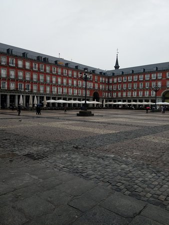 Plaza Mayor: Plaza in the rain!