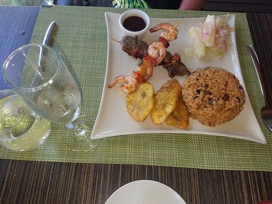 Hotel Riu Palace Macao : Beef & Shrimp kebabs at Krystal