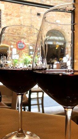 La Vineria di Montepulciano: vinho da casa excelente