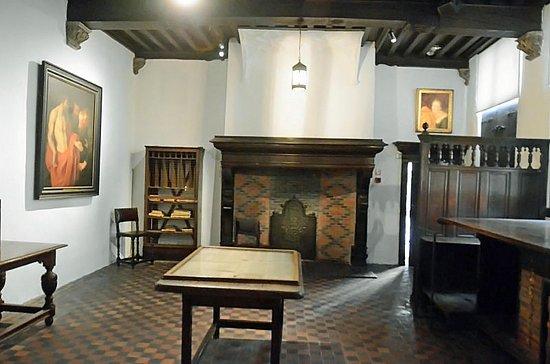 Musée Plantin-Moretus: Chambre des correcteurs: décoration du mur et du plafond