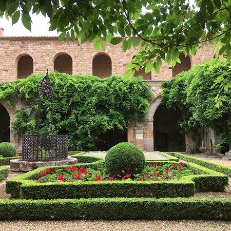 写真Abbaye de Fontfroide枚