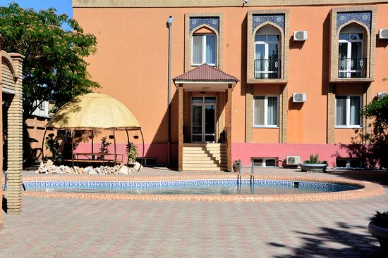 Asia Bukhara Restaurant: pool