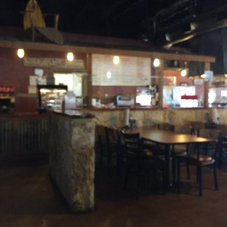 Coach's Bar-B-Que: photo2.jpg