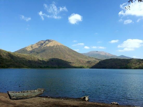 Trek Nicaragua Volcano Expeditions: Asososca Lagoon Crater