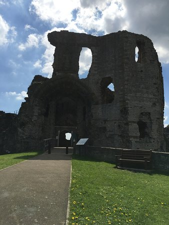 Denbigh Castle: The Castle