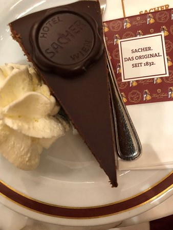 Cafe Sacher Wien: The Sacher torte