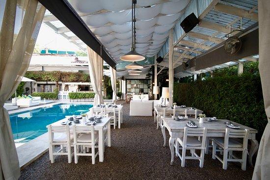 House Restaurant: Breakfast Al Fresco !