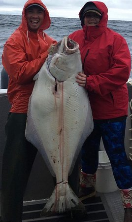 ‪‪Sitka‬, ‪Alaska‬: Jestel catches her first Halibut, and what a whopper. ‬