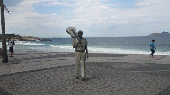 Estátua de Tom Jobim