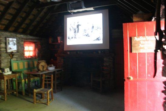 Molly Gallivan's Cottage & Traditional Farm: Video presentation