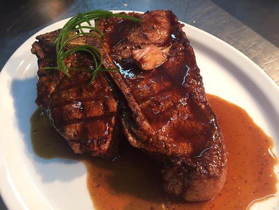 Habanero Grill: t-bone Black Angus