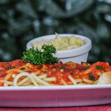 Restaurante El Coloso Arenal: Te ofrecemos mucha variedad y gustos, para nuestros clientes ven y disfruta de nuestros delicios