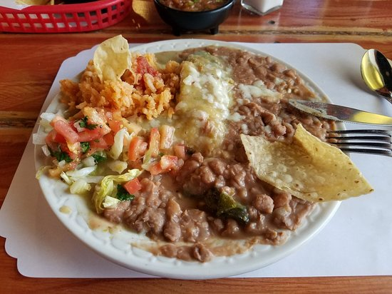 Raton, NM: Chile Relleno Stuffed with Cheese