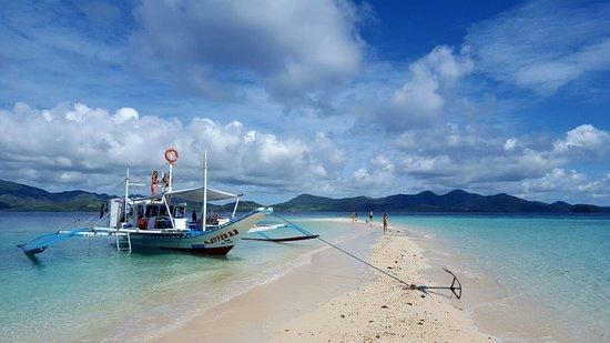 Big Dream Boat Man Coron Photo