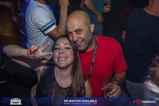 Tramps The King Of Clubs:  Tenerife Fiesta Latina, Salsera, Reggaeton, salsa playa de las Americas