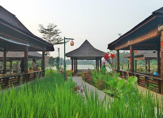 RM Alam Sari Delta Mas, Cikarang