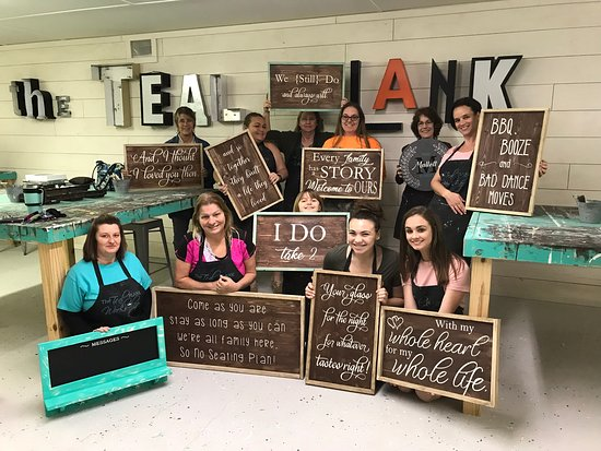 Teal Plank Workshop: Love the wedding signs