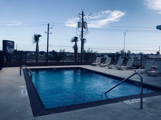 Sleep Inn & Suites Galveston Island : Swimming pool