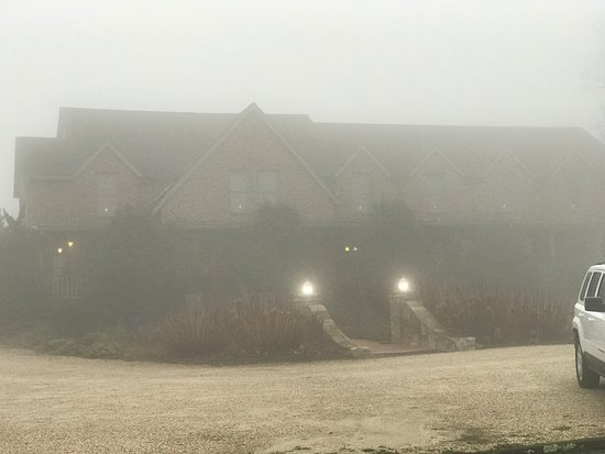 Monteagle Inn & Retreat Center: A foggy day in Monteagle