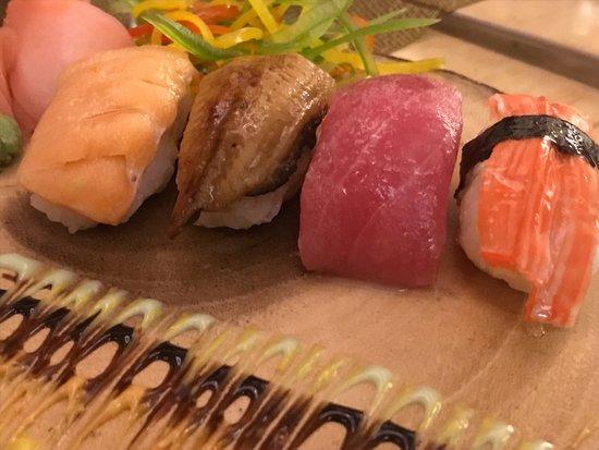 Tanoshii Trail: sushi8