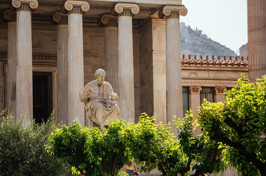 Withlocals Connect - Mitología griega: dioses y leyendas de Atenas: Private Tour: Gods, Myths & Tales of Athens with your Family