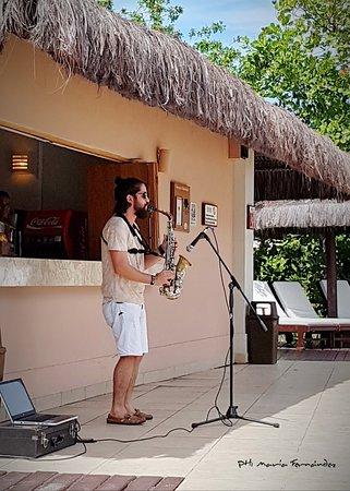 Grand Palladium Imbassai Resort & Spa: Música en vivo, pileta privada