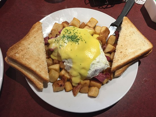Northern Motor Inn: Corned Beef Hash